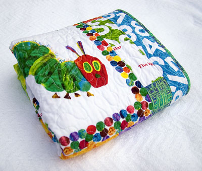 Ulla's Quilt World: Quilted cat tape measure cover, pattern